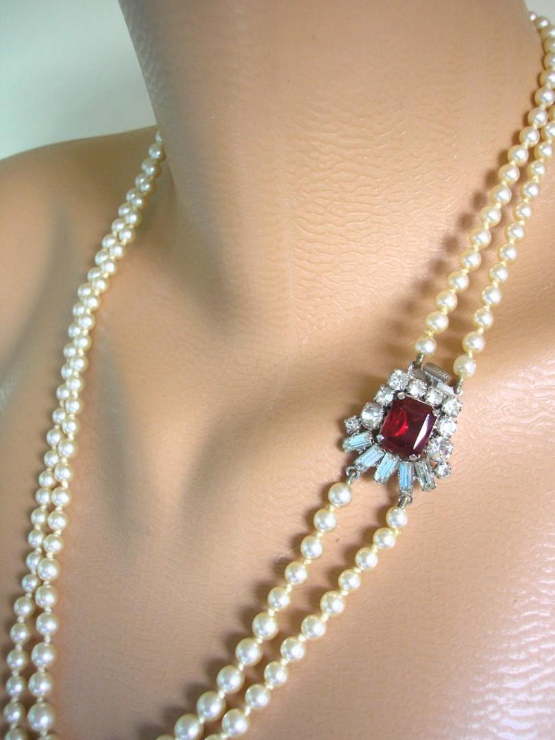 Wedding - Vintage Pearl Necklace With Ruby Clasp