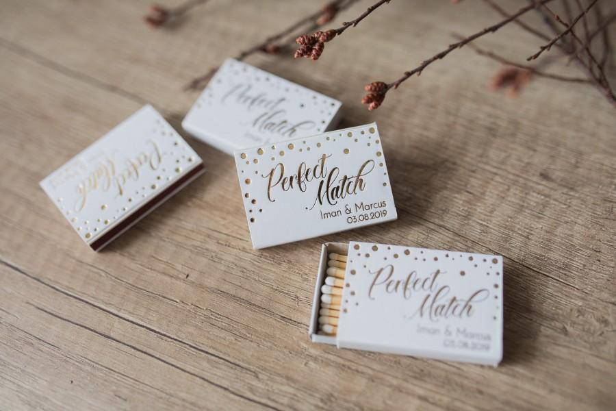 Hochzeit - Custom matchboxes,  Gold Foil Matches, Personalized matches, wedding matches, Personalisierte, Streichhölzer, Monogrammed Matchbox