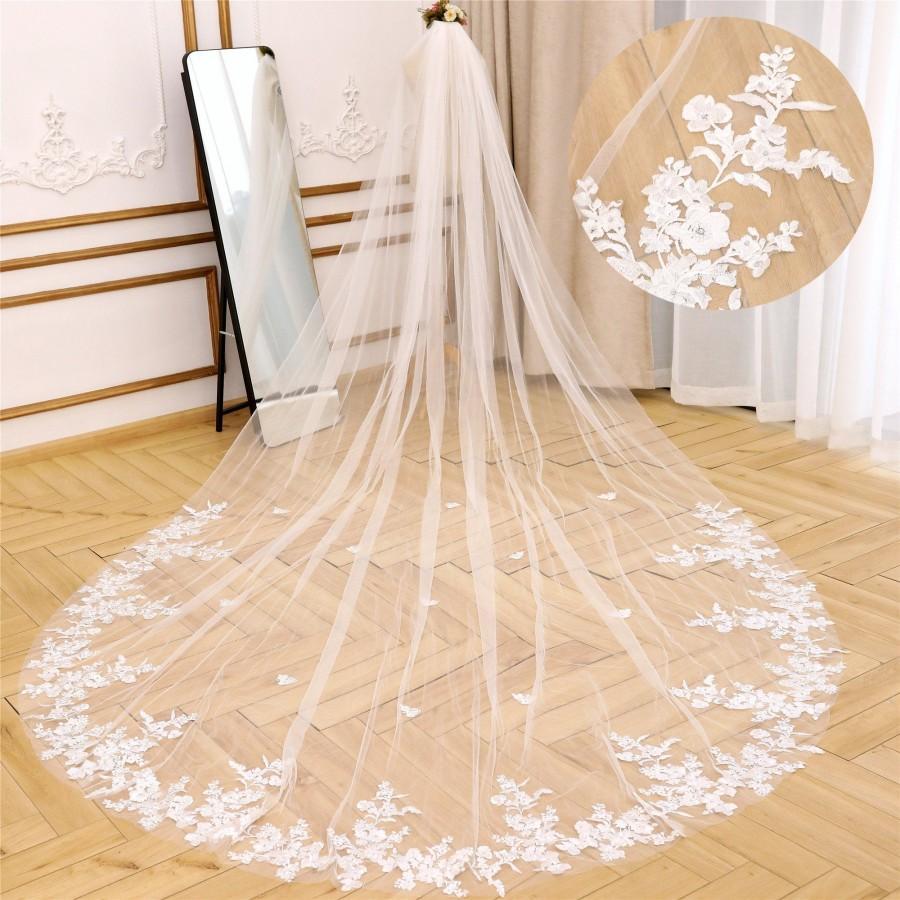 Wedding - Vintage Lace Wedding Veil Floral Wedding Veil Cathedral Bridal Veil Flowy Wedding Lace Veil Chapel Bridal Veil Elegant Lace Embroidery Veil