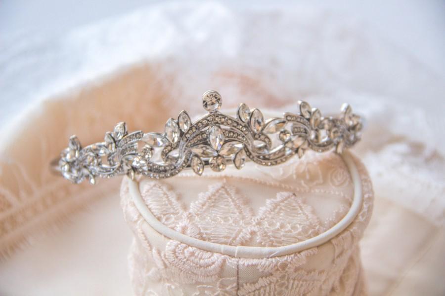 Свадьба - Exquisite Crystal Bridal Crown, Bridal Tiara, Wedding Crown, Bridal Headpieces, Accessories