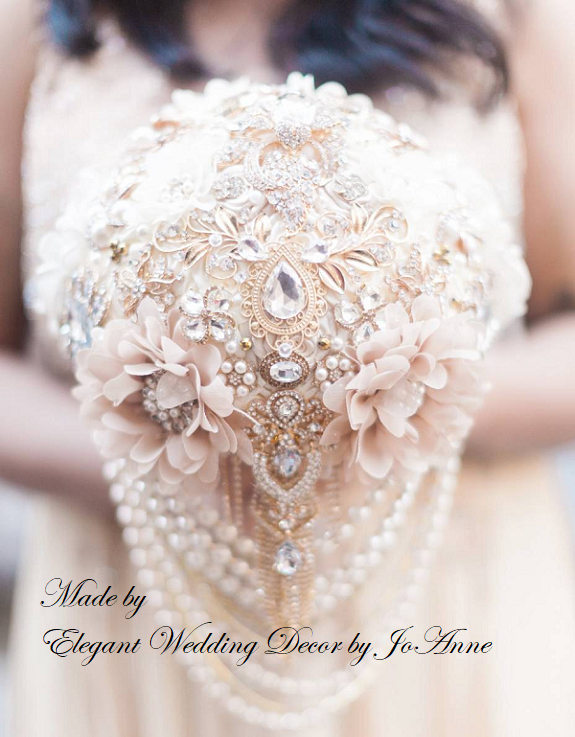 Wedding - Custom Vintage Style Brooch Bouquet, Ivory Champagne and Gold Jeweled Bouquet, Elegant Custom Brooch Bouquet - DEPOSIT ONLY