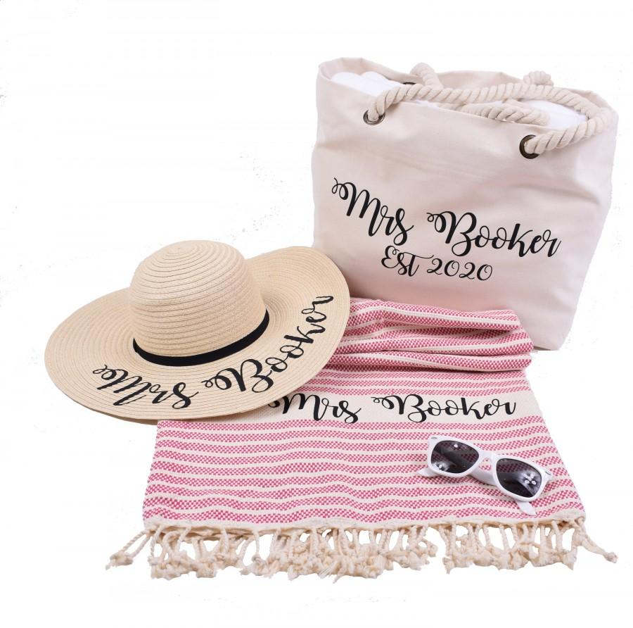 Свадьба - Personalized Beach Bag with Custom Wide Brim Sun Hat and Turkish Towel – Great for Bride/Wife/girlfriend Gift – Birthday / Anniversary