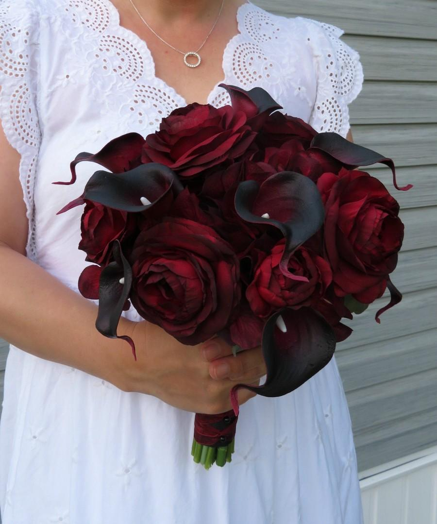 Mariage - Wedding Bouquet Red black Bridal bouquet, real touch calla lily ranunculus - Silk wedding bouquet