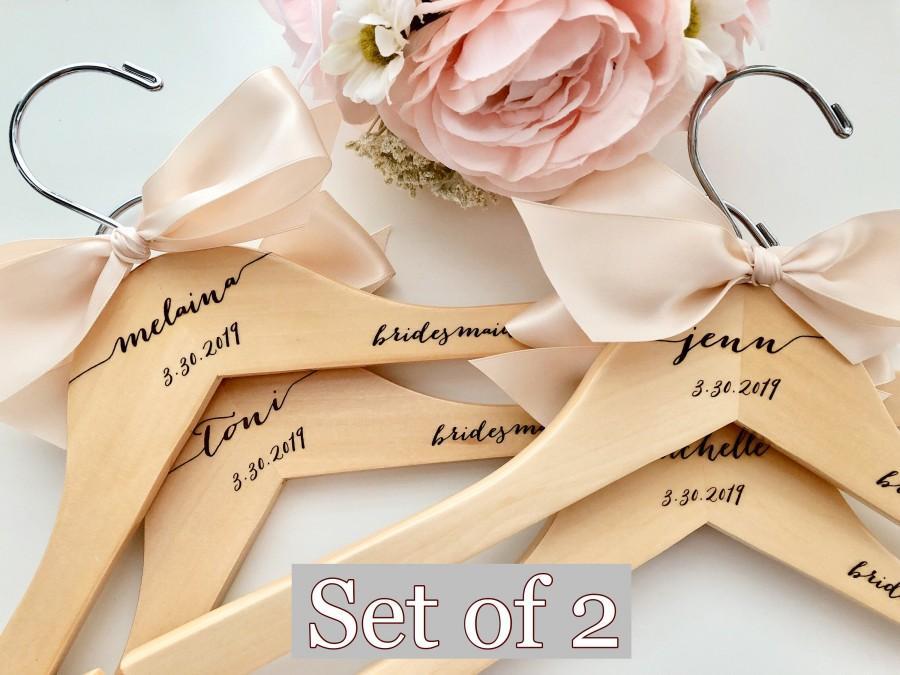 زفاف - Bridesmaids gift, Wedding dress hanger, Engraved Hanger, Custom Hangers, Wedding hangers, Wedding, Bridal gifts, Wedding shower gifts, Bride
