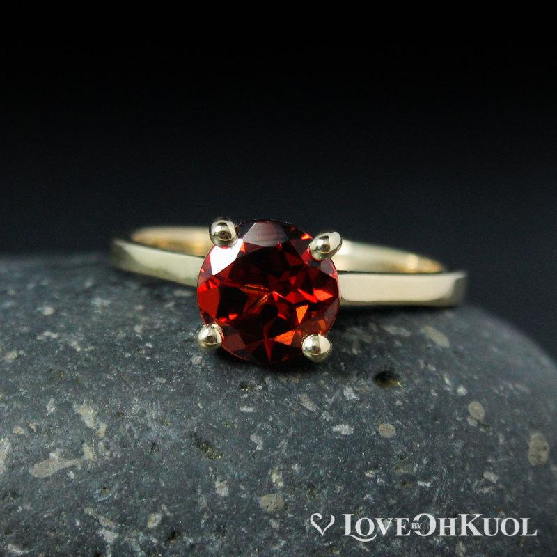 Свадьба - Solitaire Red Garnet Engagement Ring, January Birthstone Bridal Ring, Four Prong Solitaire Ring