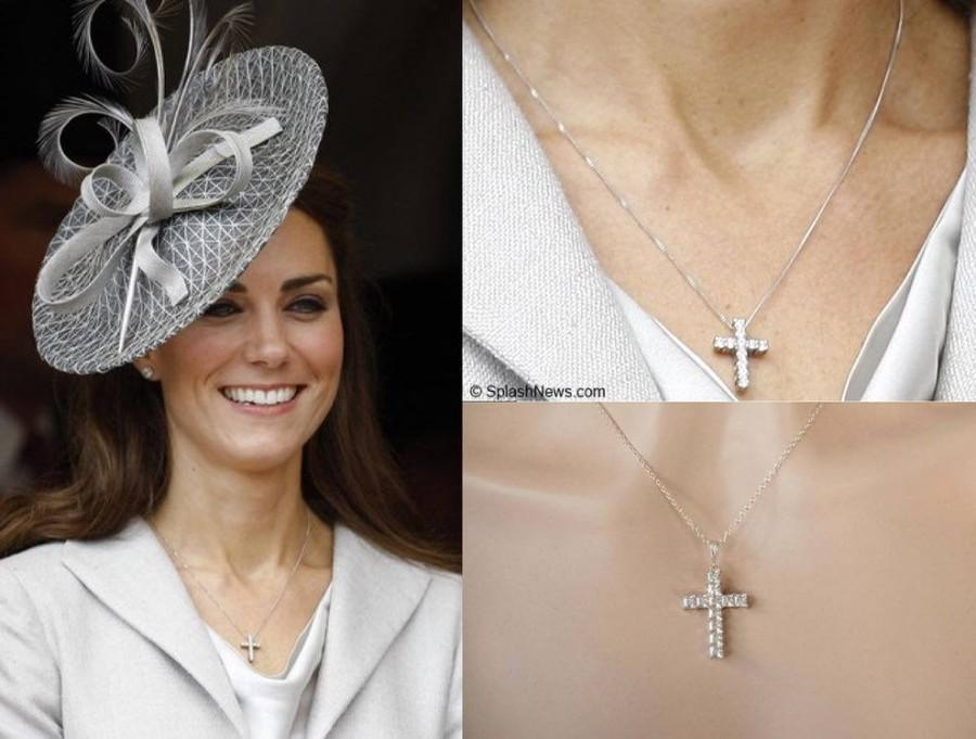 زفاف - Handmade Kate Middleton Celebrity Inspired Princess Cut Cubic Zirconia CZ Pendant Necklace, Bridal, Wedding (Sparkle-2750)