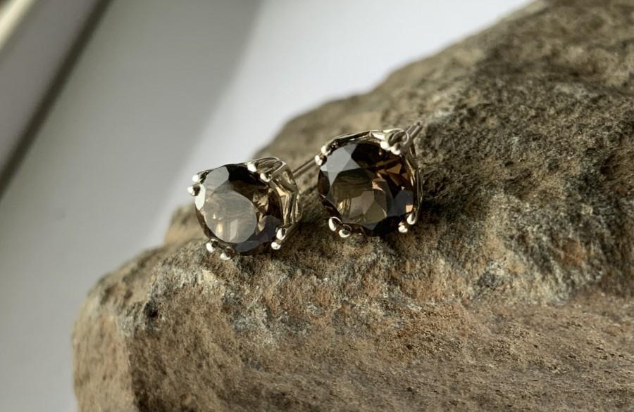 زفاف - Round Natural Smokey Quartz Set in Sterling Silver Filigree Stud Earrings Multiple Sizes 4mm 5mm 6mm 8mm Screw-back or Push-back Posts