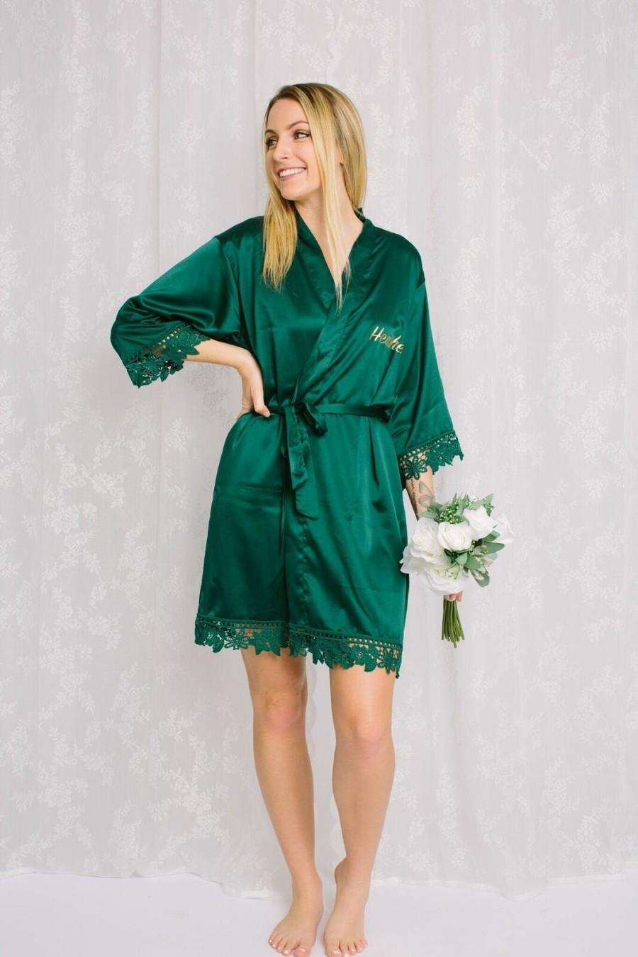 Hochzeit - Green Bridesmaid Robes, Bridesmaid gifts, Satin Lace Robes, Bridal Robes, Robe for Bride, Getting Ready Robe, Bridal Party Robe