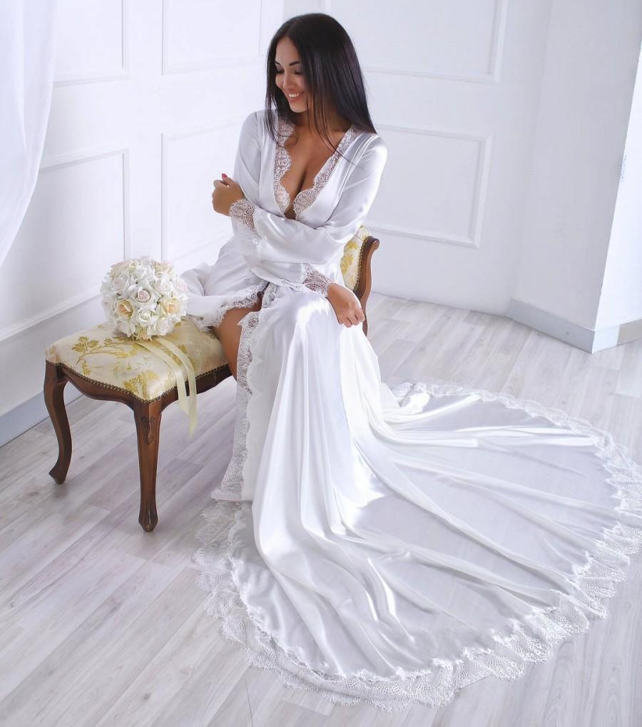 Mariage - Long satin robe, Ivory silk robe, Plus size kimono, Wedding gown, Long ivory robe with lace back, Ivory robe with train, Custom robe