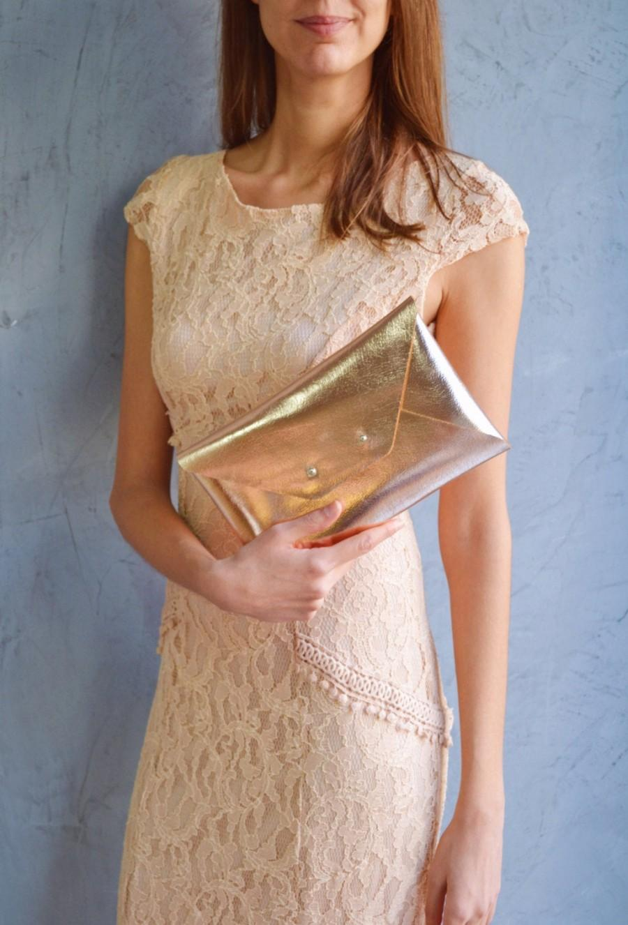 Hochzeit - Rose gold leather clutch bag / Copper envelope clutch / Bag available with wrist strap / Genuine leather /  Bridesmaid gift / MEDIUM SIZE
