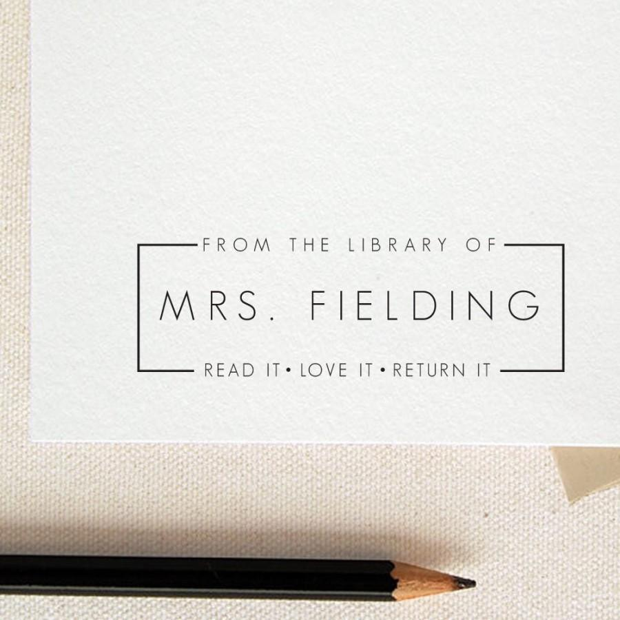 Mariage - Read it Love it Return it - From the library of-Custom name -This Book Belongs to - Teacher stamp-classroom stamp-custom Rubber Stamp RE353