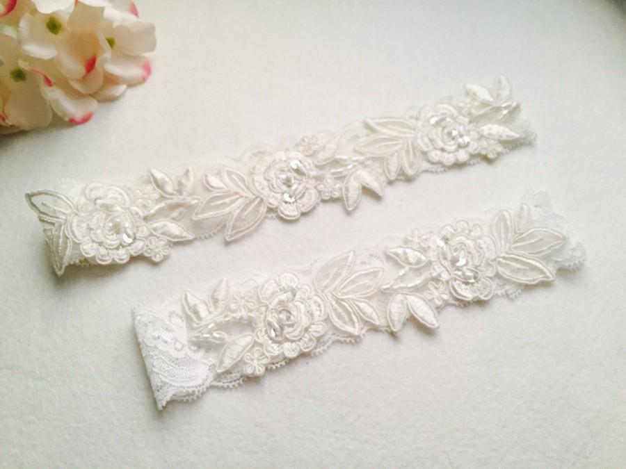 Hochzeit - Wedding Garter , Tossing Garter, Keepsake Garter, bridal garter, off white Lace Garter, A19#