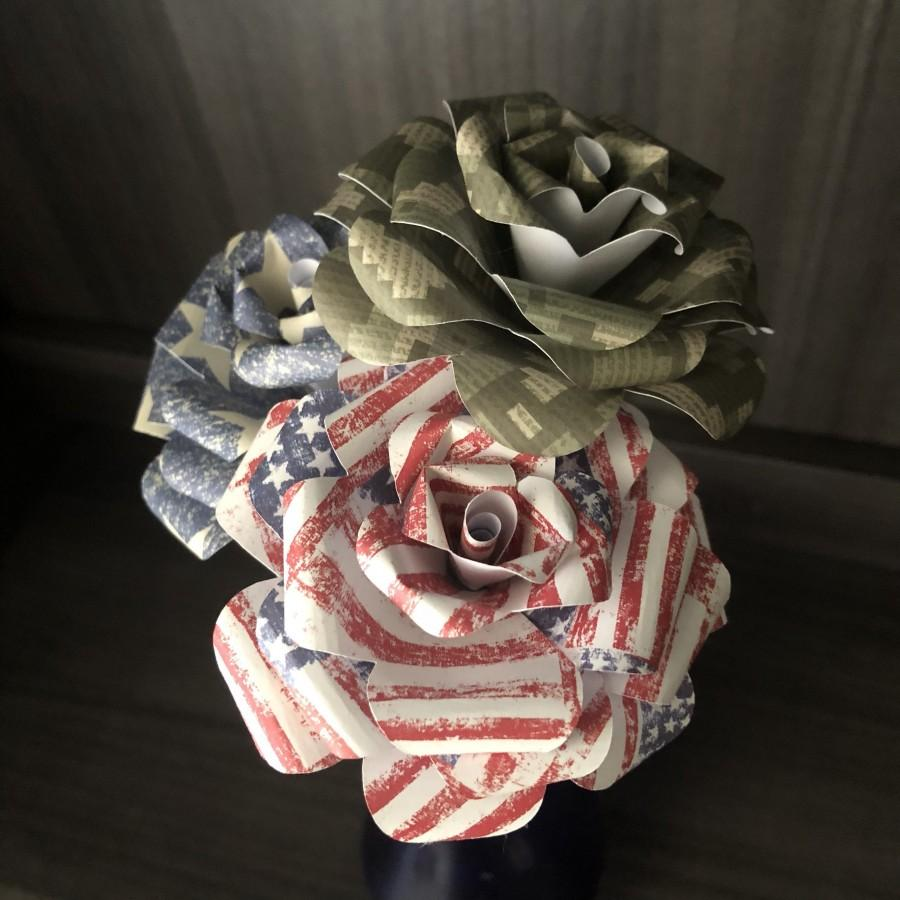 زفاف - Camouflage Paper Flowers - Americana Flowers - Camo Wedding - Military Gift - Country Girl Bouquet - Anniversary Gift - Patriotic Flowers
