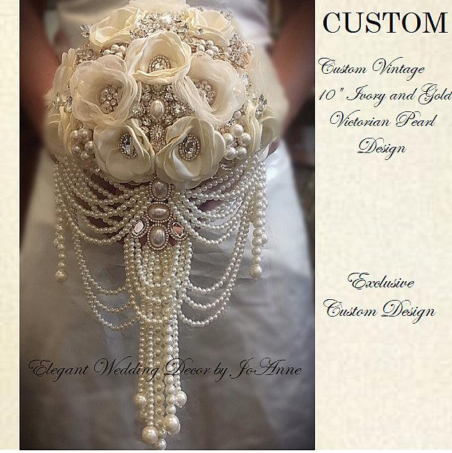 Hochzeit - Ivory Gold BROOCH BOUQUET, Cascade Pearl Bouquet, PEARL Bouquet, Ivory Jeweled Bouquet, Pearl Wedding Bouquet, Deposit -Full Price is 525