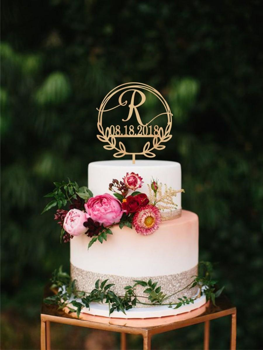 Свадьба - Wreath wedding cake topper letter R, wedding Date Monogram cake topper, Single Letter R Cake Topper Wooden initial cake topper custom topper