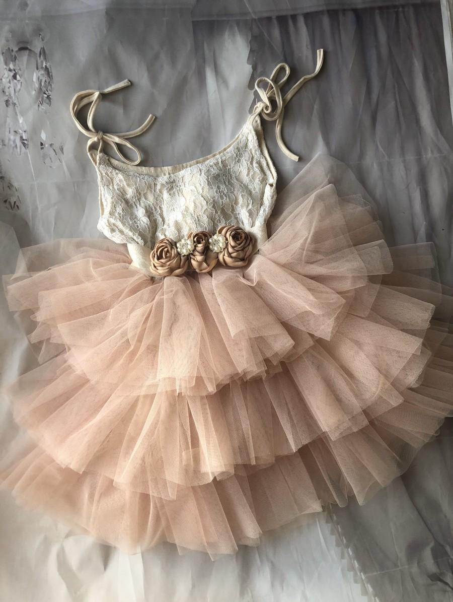 Свадьба - Champagne Flower girl dress,  Lace top,Baby  toddler dress,tulle tutu flower girl dress, 1ers Birthday dress