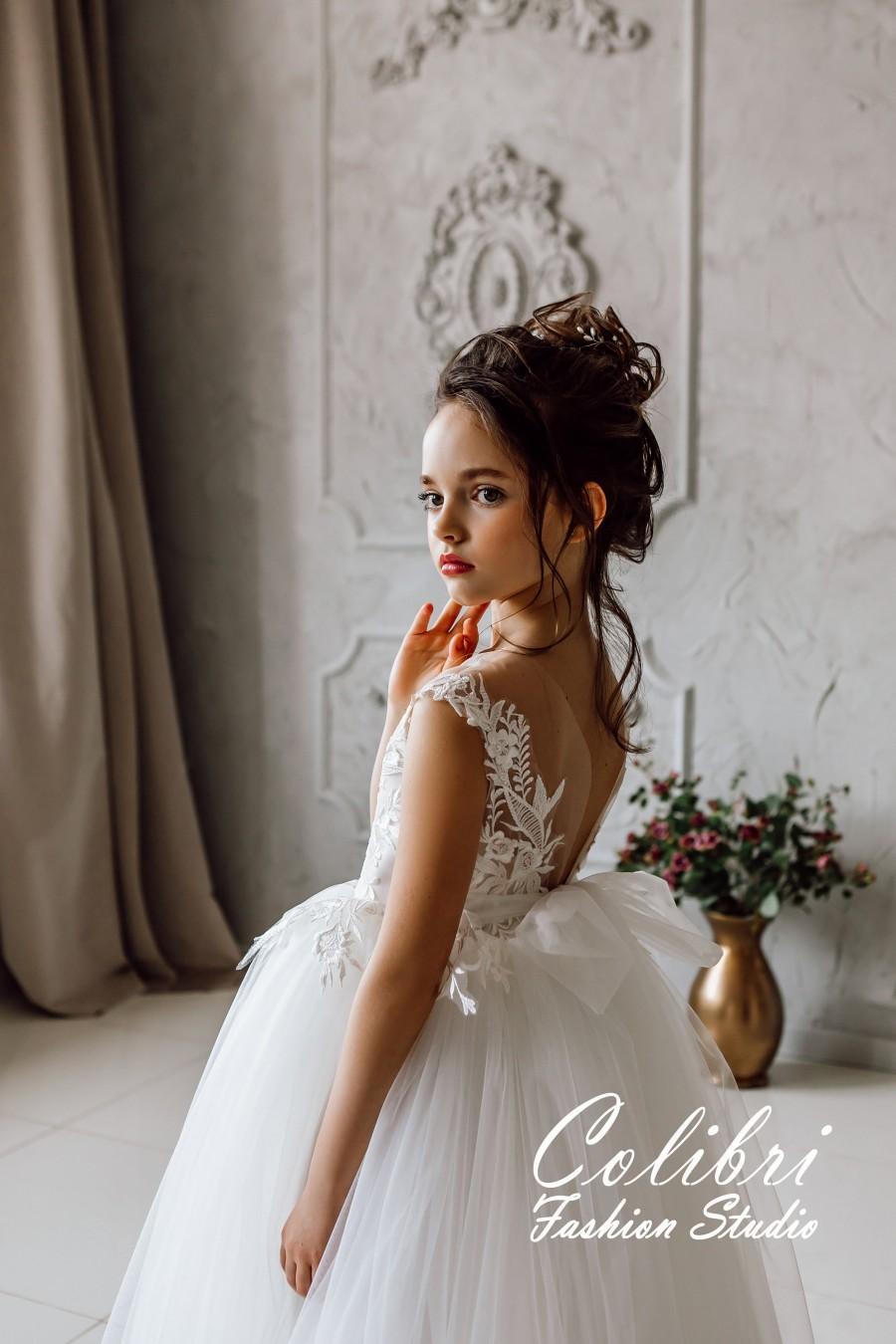 Mariage - Flower girl dress tulle, Flower girl dress lace, Ivory flower girl dress, Boho girl dress, First communion dress, Girl dress, Birthday dress