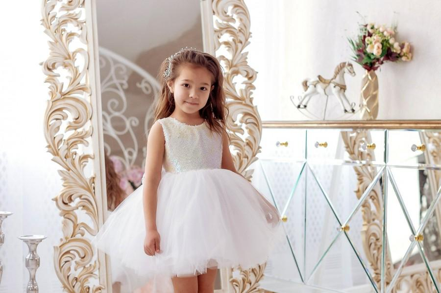 Mariage - Tutu Flower Girl Dress, White Flower Girl Dress, Tutu Baby Dress, Wedding Flower Girl Dress,Wedding Baby Dress, Tulle Flower Girl Dress