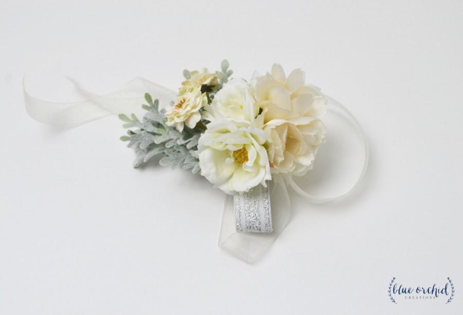 Свадьба - Wrist Corsage, Corsage, Wedding Corsage, Silk Flowers, Silk Corsage, Neutral, White, Cream, Silk Flower Corsage, Faux Flowers, Prom Corsage