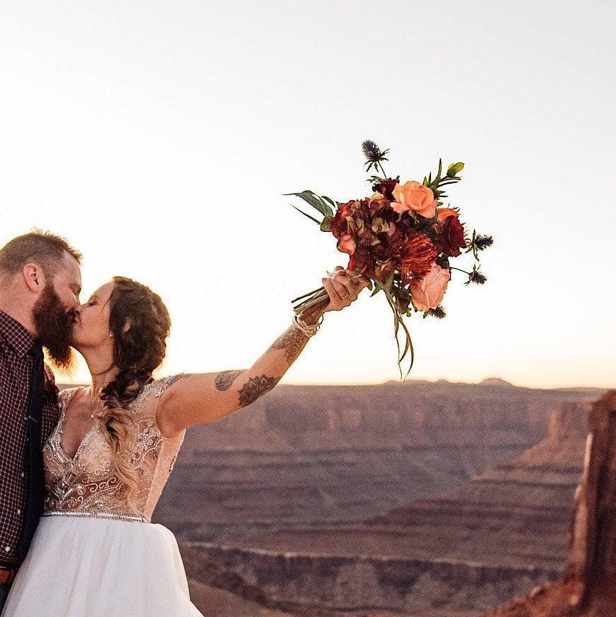 زفاف - Bridal Bouquet for Destination Wedding, Fall Wedding Bouquet, Boho Bridal Bouquet, Adventure Elopement Flowers, Rustic Wedding Bouquet