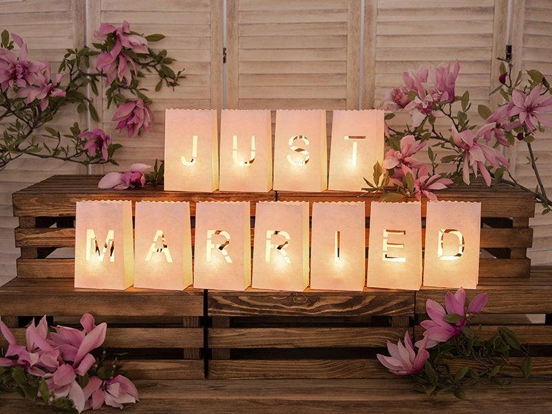 Mariage - Just Married Paper Lanterns, Wedding Decorations, Rustic Wedding Decor, White Just Married Paper Lanterns