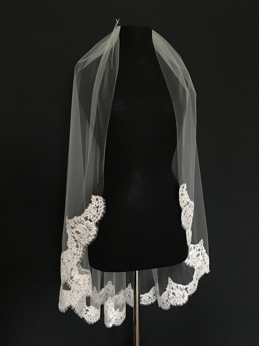 زفاف - Alencon Lace Veil, fingertip re-embroidered lace veil, lace bridal veil, ivory lace veil, Floral alencon lace. Style #247