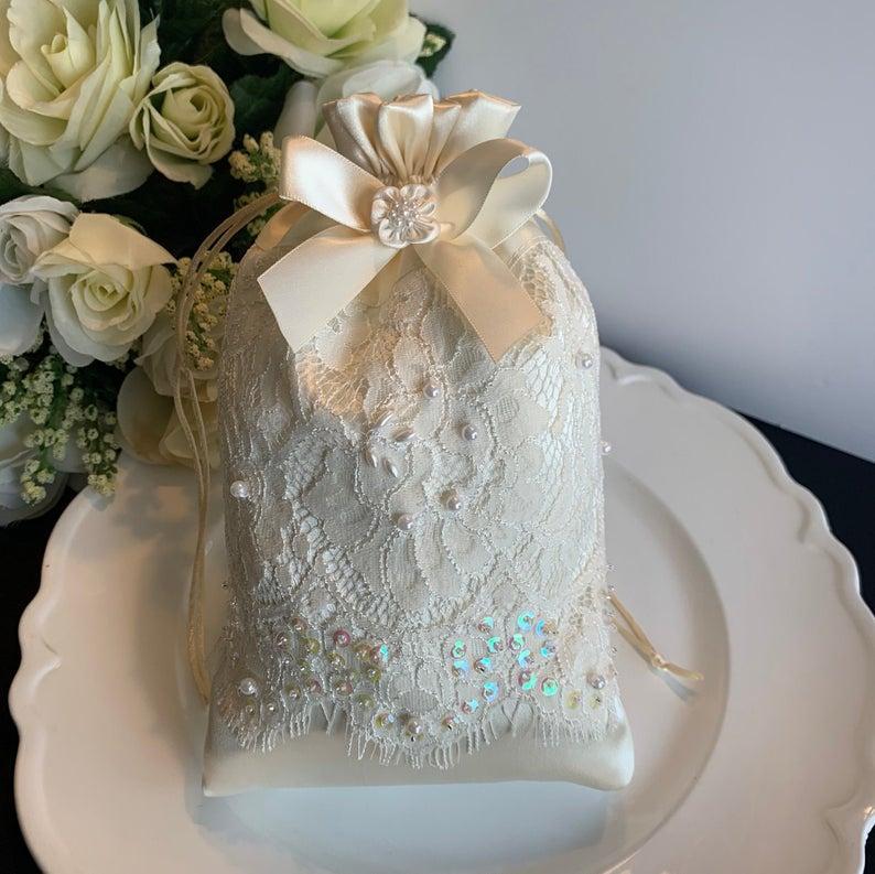 Wedding - Ivory wedding money bag, bridal pouch, wedding dollar dance bag, wedding card bag, ivory bridal purse, ivory dollar dance bag