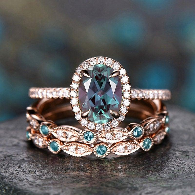 Свадьба - 3pcs halo diamond ring oval cut Alexandrite engagement ring rose gold color change Alexandrite wedding band vintage women bridal ring set