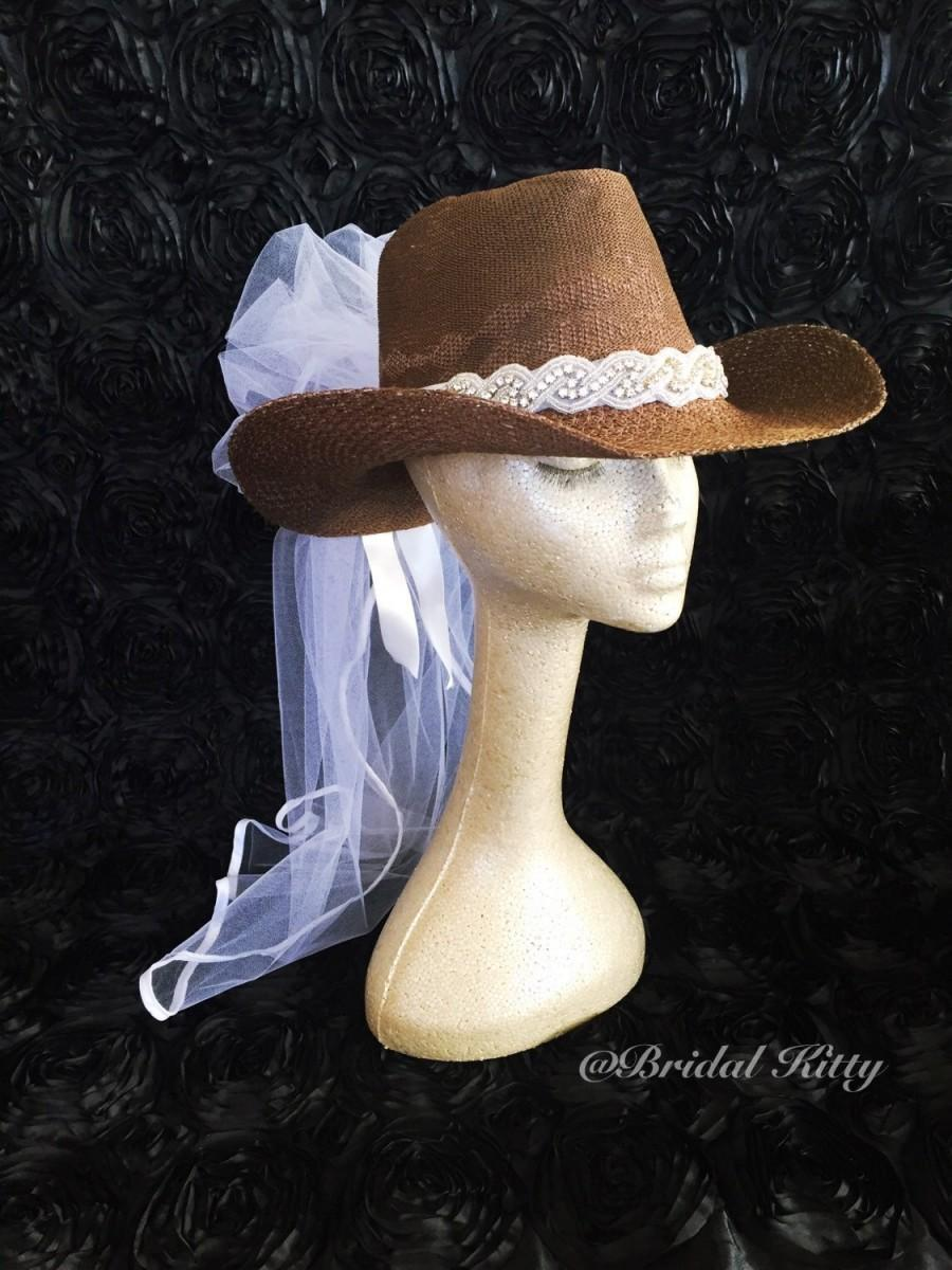 Hochzeit - Country Bachelorette Party Western Cowgirl Hat Veil Crystal Headband Tiara Crown Bridal Shower White Bride To Be Hen Party Texas Wedding