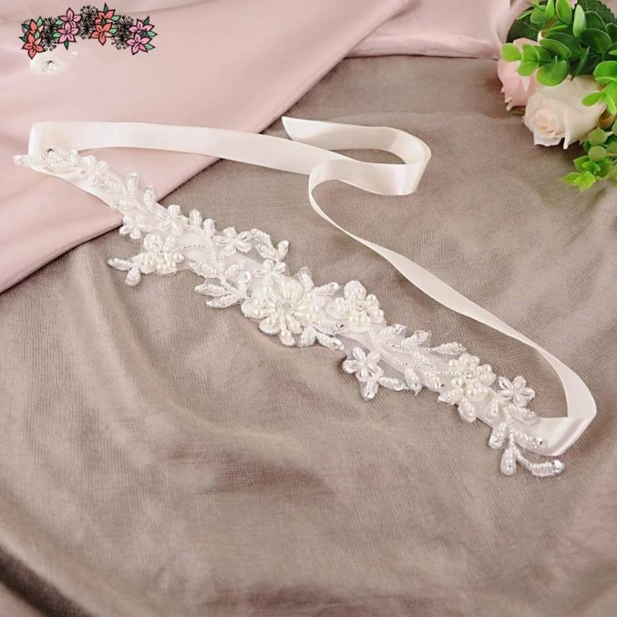 Mariage - Satin flower Bridal Belt in 3 colours,Wedding Belt,Brides Belt for Wedding dress,Bridal dress Sash,Floral Sash,Bridesmaids belt,Ribbon Belts