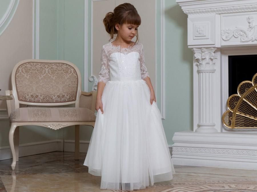 Mariage - Ivory Flower girl dress Junior bridesmaid dress Lace flower girl dress tulle Christmas dress White baby dress Girl dress pattern Tutu dress
