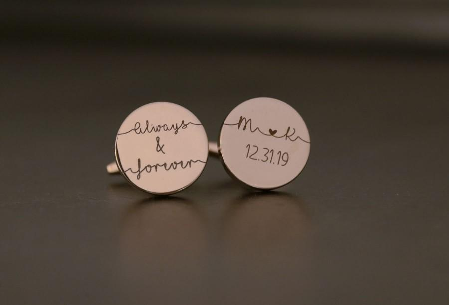 Hochzeit - Personalized Cuff Links,Custom Gift for Groom from bride Cufflinks  Personalized Cufflinks Engraved Round Cufflinks Anniversary Gift for Him