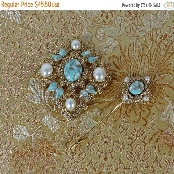 "Hochzeit - 40% OFF Rare Sarah Coventry ""Remembrance"" Brooch and Stick Pin Mint  D&E Juliana Designer Faux Turquoise"
