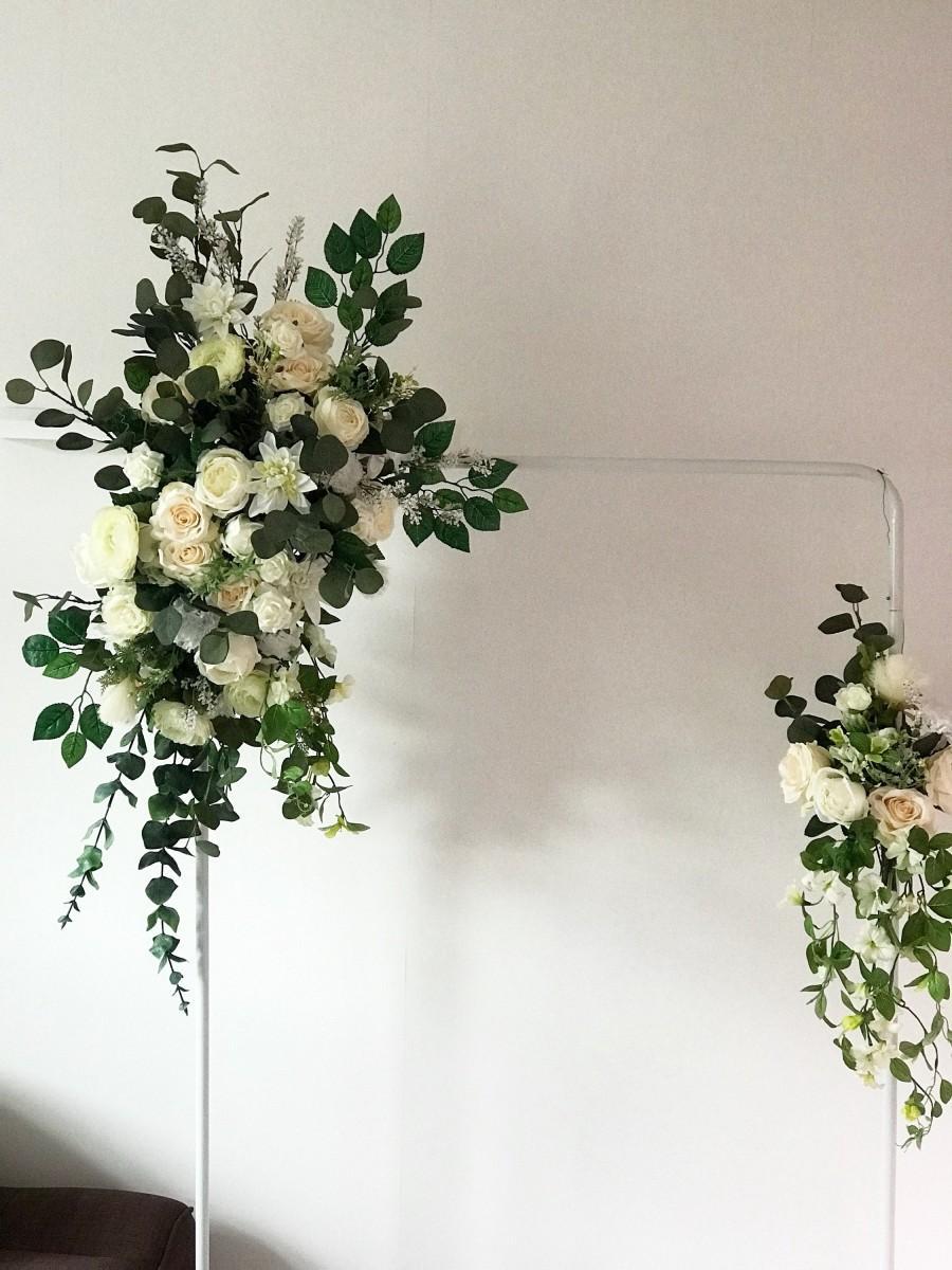 Hochzeit - Flower arch, Floral Arch, Wedding Arch, Flower swag, Floral swag, Arch swag, Wedding flower arch, Wedding flower arrangement, Silk flowers