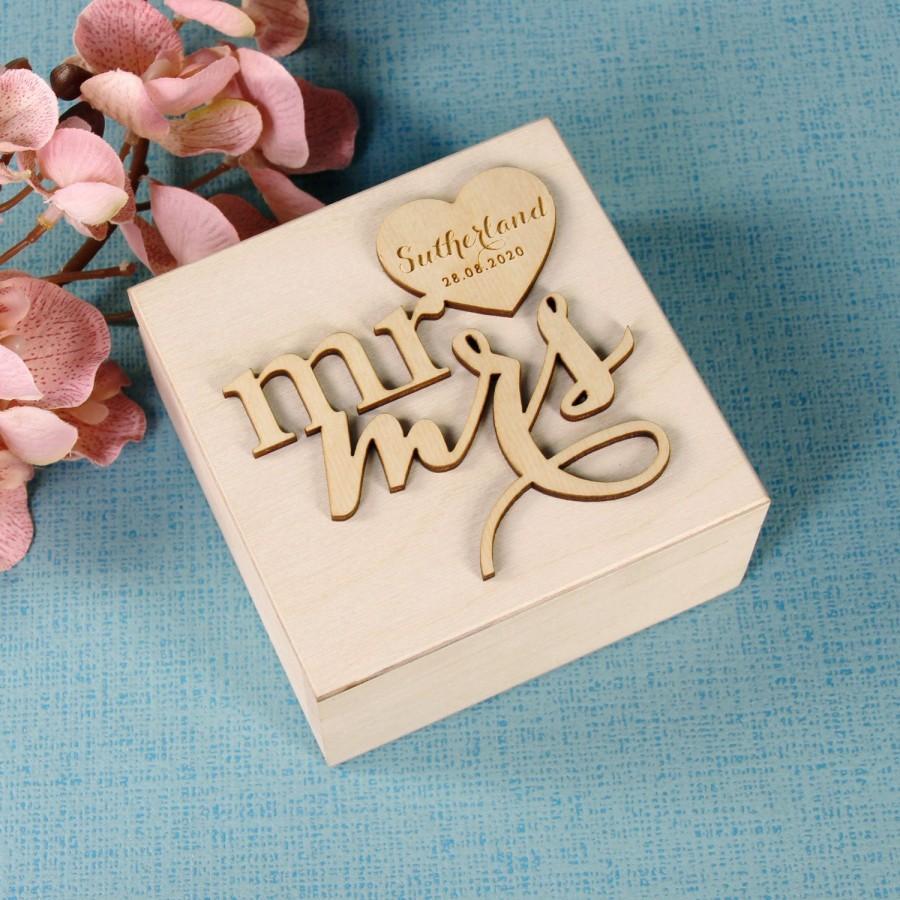 Hochzeit - Ring Bearer Box, Wedding Ring Box, Personalized Ring Box, Rustic Ring Box, Wedding Ring Holder, Ring Bearer Pillows, Mr & Mrs Wood Box