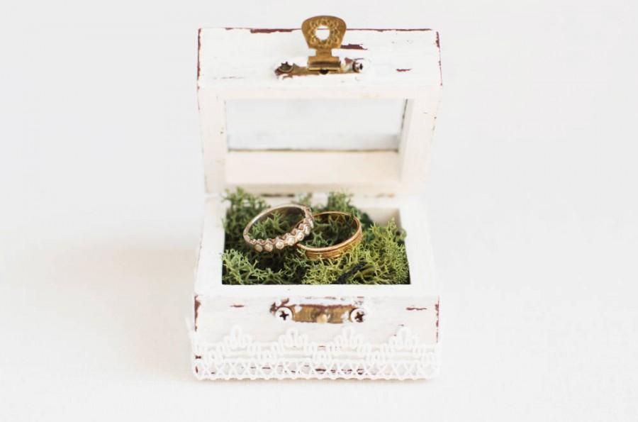 Hochzeit - Wedding Ring Box With Moss - Glass Ring Box, Ring Bearer Box, Handmade Ring Box, Wedding Box, Rustic Ring Holder, Romantic Wedding White Box