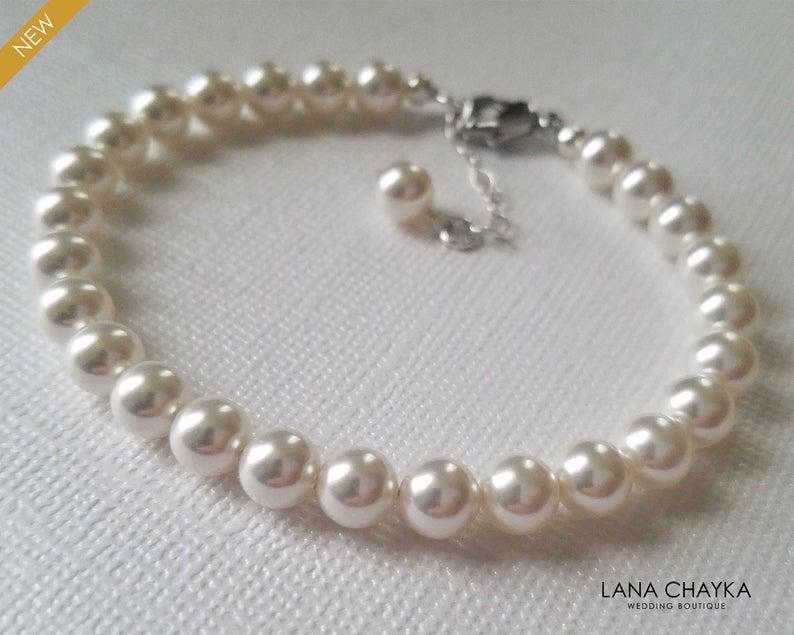 زفاف - White Pearl Bridal Bracelet, Wedding Pearl Classic Bracelet, Swarovski Pearl Bracelet, Bridal Jewelry, Wedding Jewelry Pearl Dainty Bracelet