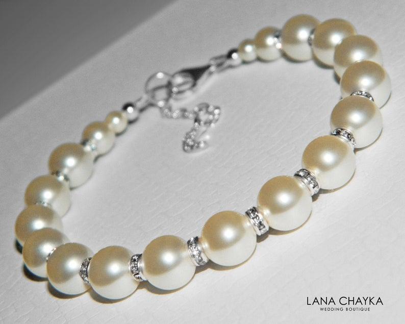 زفاف - Pearl Bridal Bracelet, Swarovski Ivory Pearl Silver Bracelet, Pearl Wedding Jewelry, Bridal Jewelry, Pearl Classy Bracelet Bridal Party Gift