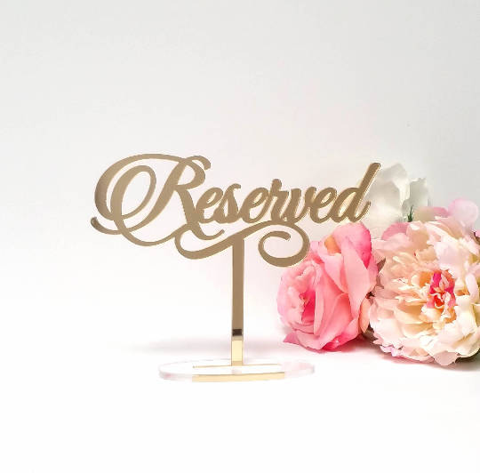 Hochzeit - Reserved Table Sign in Mirror Acrylic Event Wedding Decor; Free Standing Gold, Silver, Reserved Sign Wedding Decor  [ATS]
