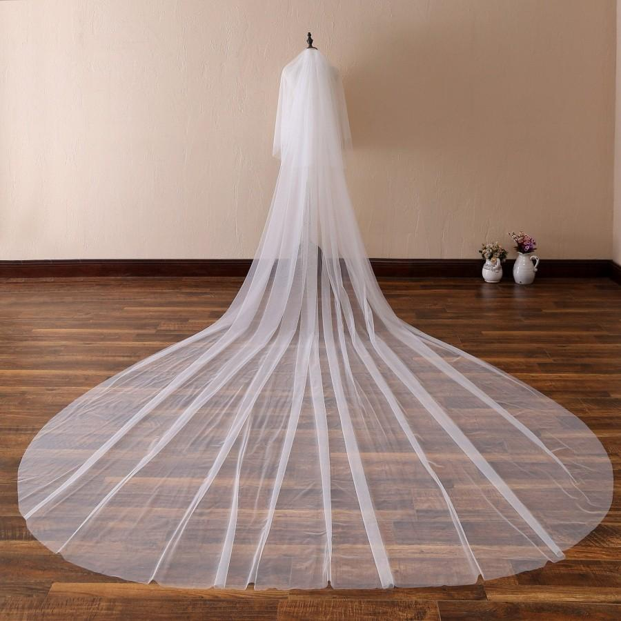 Свадьба - Simple Soft Tulle Wedding Veil,Plain Edge Bridal Veil,Cathedral Veil,Chapel Bridal Veil,Classic Veil, 13 ft 2 tier Super Long Veil with comb