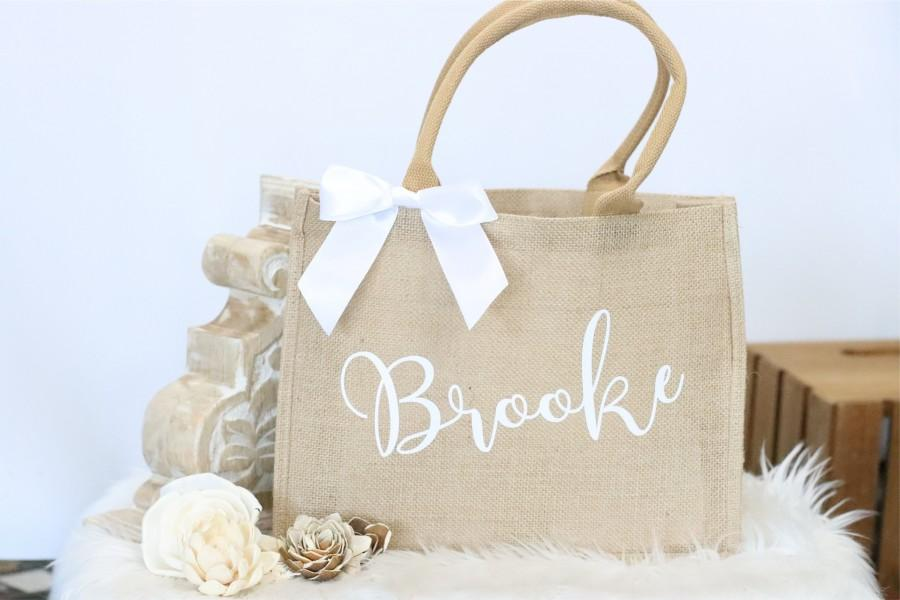 Mariage - Bridesmaid tote bag, jute totes, wedding gift, bridesmaid gift, wedding tote, personalized tote, bridesmaid proposal, monogram tote
