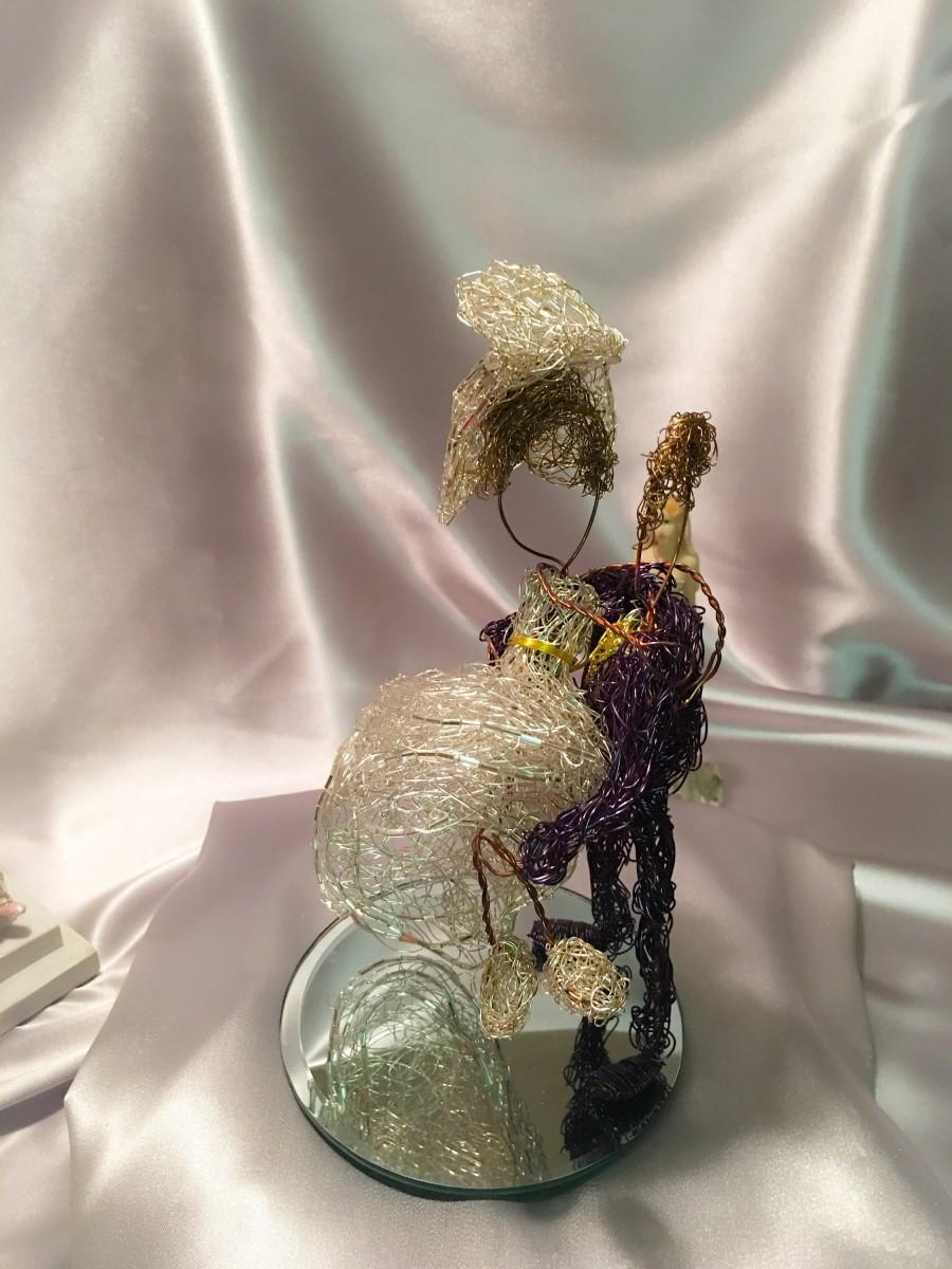 Hochzeit - My darling, wedding cake topper, first anniversary gift, wire cake topper , cake topper holding lady , cake topper rustic , wire couple.