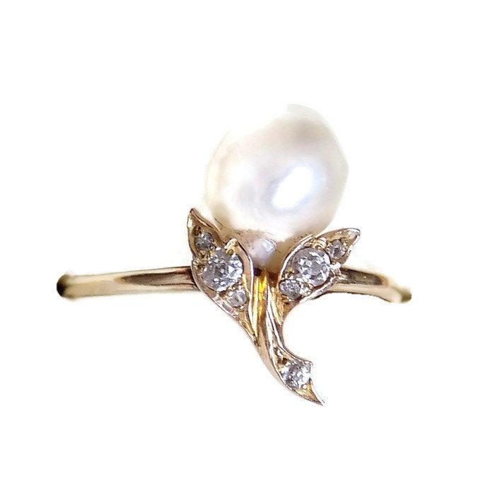 Свадьба - Edwardian 18CT Gold Diamond Natural Pearl ring, size P 1/2 UK, 7.75 Us, Fine jewellery, Gift for Her