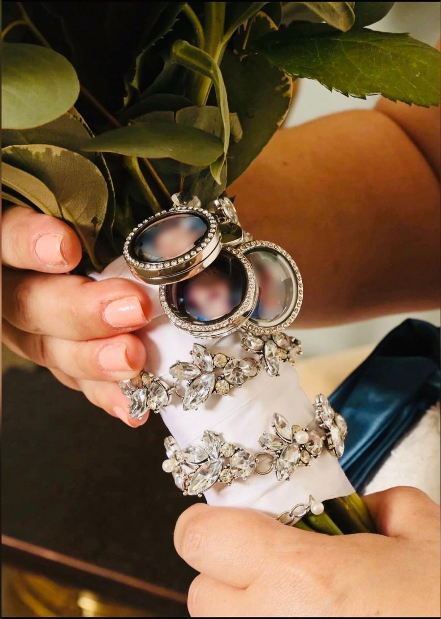 Mariage - 3 Piece Comes in Silver/Gold  Round Rhinestone, Wedding Bouquet Charm, Locket Memory, Bridal Bouquet Locket, Memory Charm, Floating