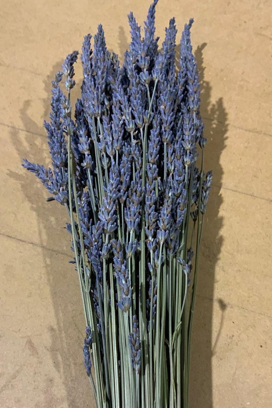 Свадьба - SALE 2020 Lavender 5oz Dried bunches 400 Stems bundle Fragrant bouquets, crafts weddings Grosso English bundle best seller weddings