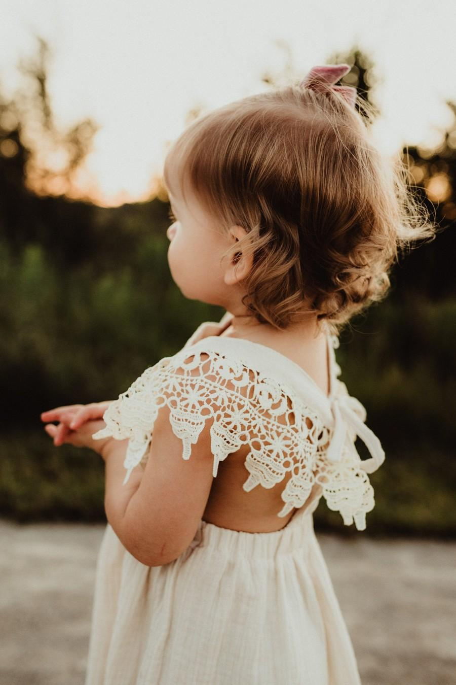 Wedding - Boho Lace Flower Girl Dresses, Baby Gift, Linen Girls Dresses, Bohemian Beach Wedding Infant Dresses