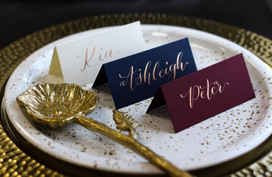 Wedding - Handwritten Calligraphy Place Cards - Classic Name Cards - Gold Ink for Wedding