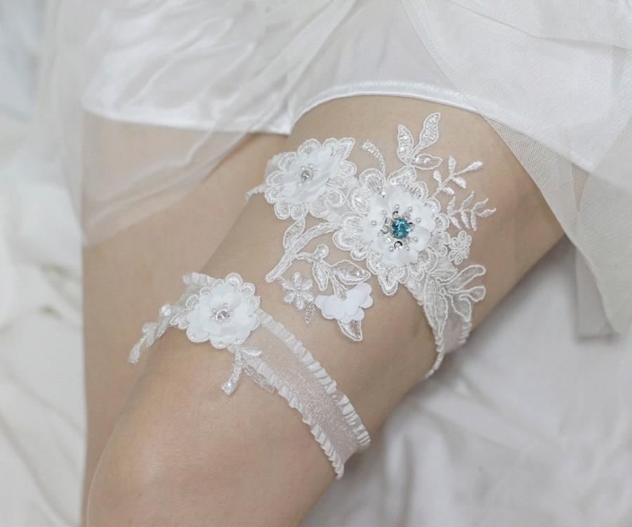 زفاف - Teal blue peacock Swarovski rhinestone garter set, something blue garter set, wedding garters, satin lace garter set, bridal garter set
