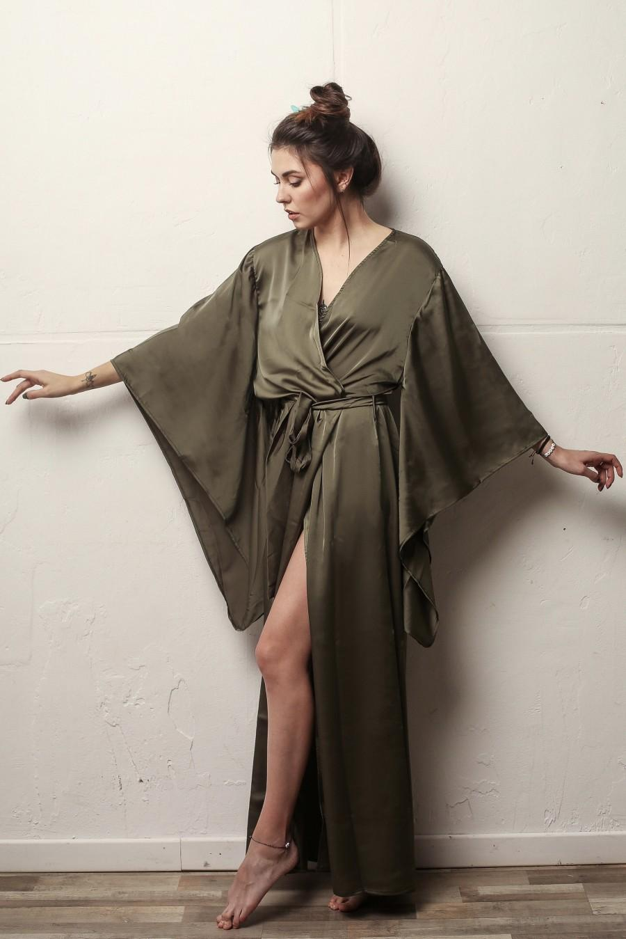 Hochzeit - Kimono sleeves long robe