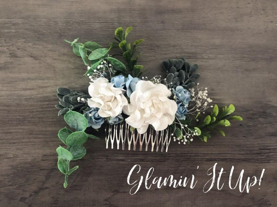 Свадьба - Dusty Blue and White Flower Hair Comb with Greenery, Something Blue, Wedding Hair Comb, Bridesmaid Gift